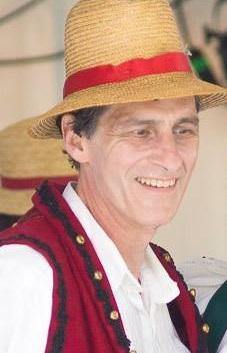 Mike Revesz